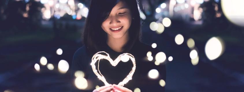 Selbstliebe, Liebe Dich selbst. Beziehung zu Dir. Nur wer sich selbst liebt, kann auch andere lieben. Du bist die wichtigste Beziehung. Übung zur Selbstliebe.